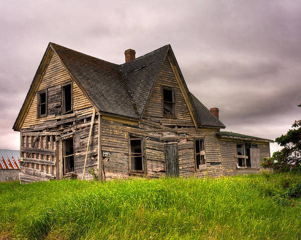 Abandoned Poster featuring the photograph Abandoned Farm House by Matt Dobson