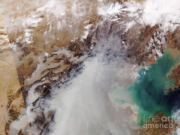 03/11/2004 Poster featuring the photograph Air Pollution Over China by NASA / Science Source