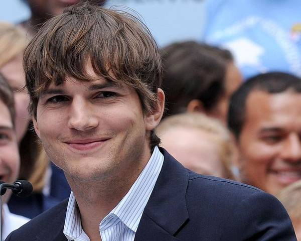 Ashton Kutcher Poster featuring the photograph Ashton Kutcher At The Press Conference by Everett