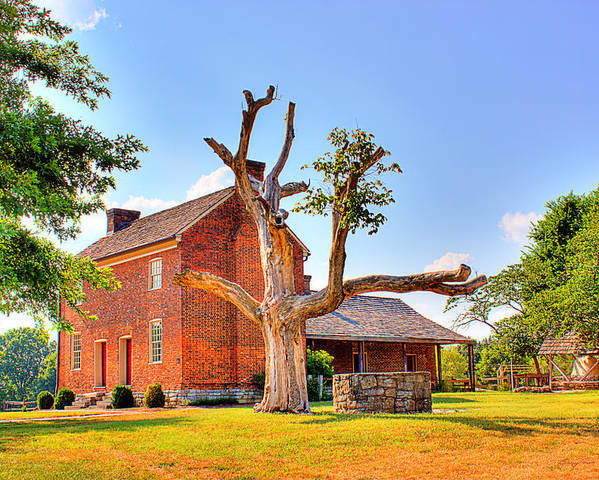 Historical Home Poster featuring the photograph Bowen Plantation House 003 by Barry Jones