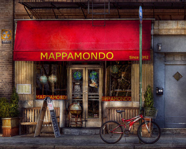 Bike Poster featuring the photograph Cafe - Ny - Chelsea - Mappamondo by Mike Savad