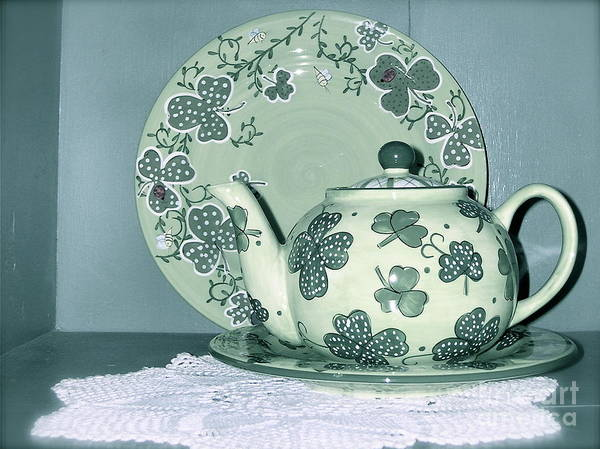 Clover Tea Pot Poster featuring the photograph Clover Tea by Nancy Patterson