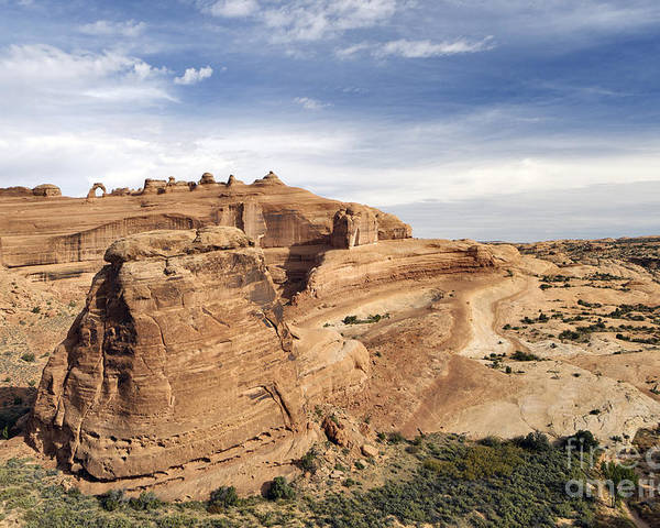 Viewpoint Poster featuring the photograph Delicate Arch Viewpoint - D004091 by Daniel Dempster