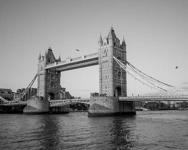 Dawn Oconnor Dawnoconnorphotos@gmail.com Poster featuring the photograph Helicopter At Tower Bridge by Dawn OConnor