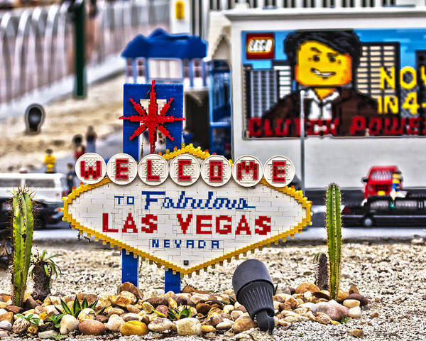 Welcome Poster featuring the photograph Las Legos by Nicholas Evans