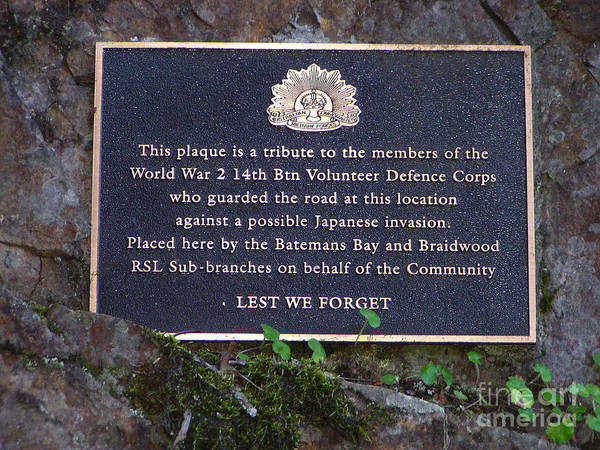 Plaque Poster featuring the photograph Lest We Forget by Joanne Kocwin