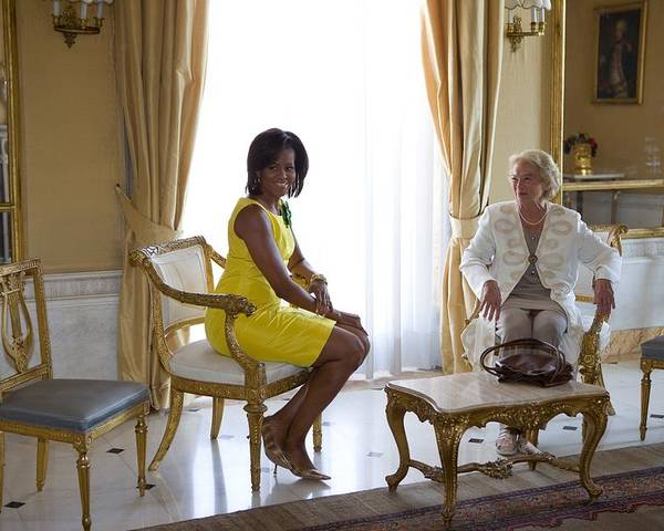History Poster featuring the photograph Michelle Obama Meets With Clio by Everett