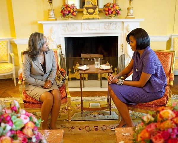 History Poster featuring the photograph Michelle Obama Talks With Elizabeth by Everett