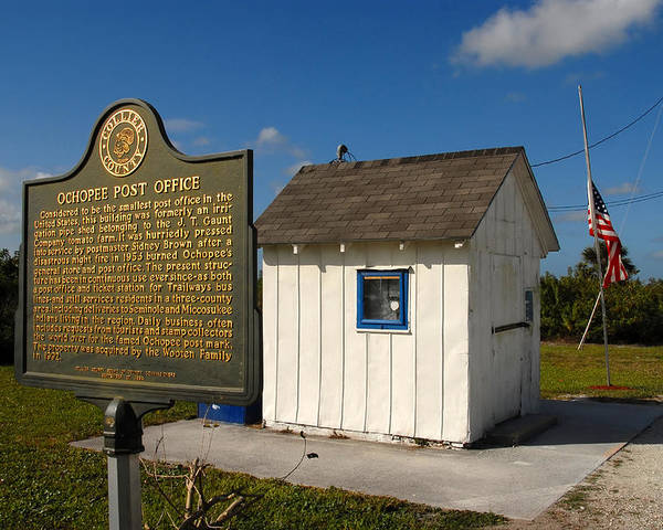 Ochopee Florida Poster featuring the photograph Ochopee Post Office by David Lee Thompson