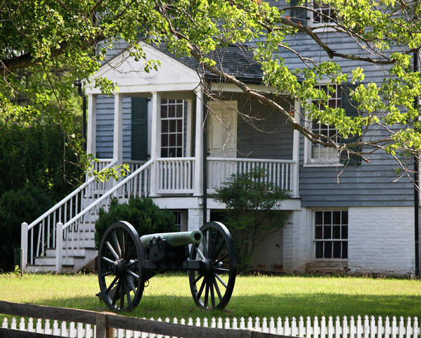 Appomattox Poster featuring the photograph Peers House And Cannon Appomattox Court House Virginia by Teresa Mucha