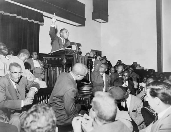 History Poster featuring the photograph Rev. Martin Luther King, Jr., Speaking by Everett