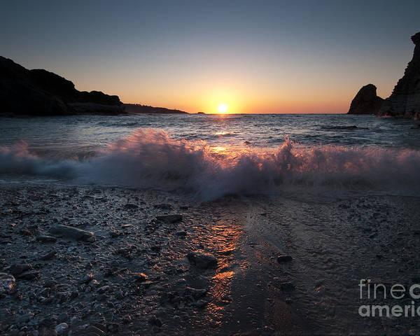 Paisaiak Poster featuring the photograph Sea Sun by David Gimenez Aldalur