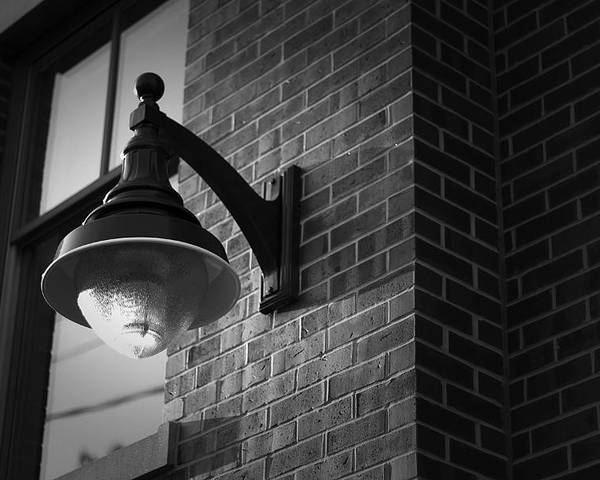 Streetlight Poster featuring the photograph Streetlamp by Eric Gendron
