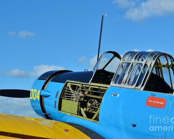 Vultee Bt-13 Valiant Poster featuring the photograph Vultee Bt-13 Valiant by Lynda Dawson-Youngclaus