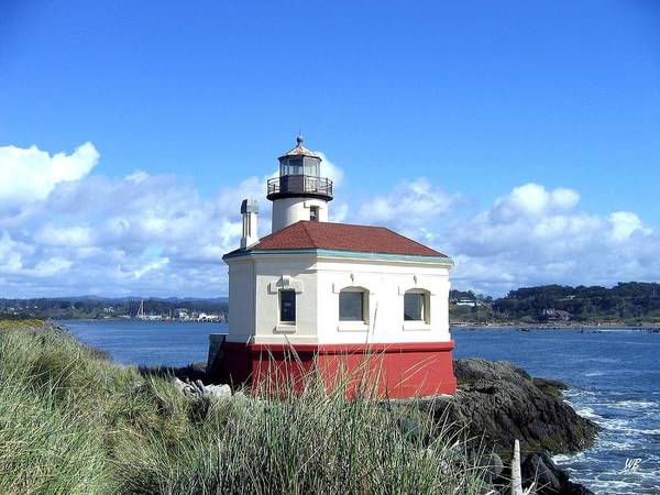 Coquille Lighthouse Poster featuring the photograph Bandon 1 by Will Borden