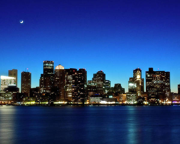 Horizontal Poster featuring the photograph Boston Skyline by By Eric Lorentzen-Newberg