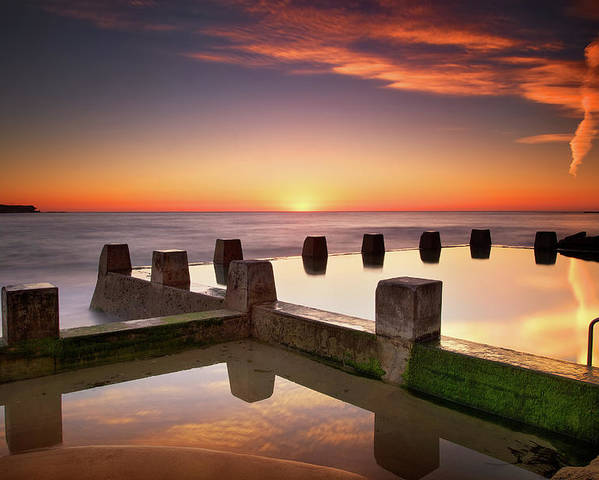 Horizontal Poster featuring the photograph Coogee Beach At Early Morning,sydney by Noval Nugraha Photography. All rights reserved.