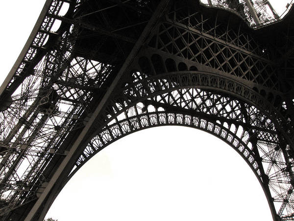 Horizontal Poster featuring the photograph Eiffel Tower by Fion Ngan @ fill in my blanks