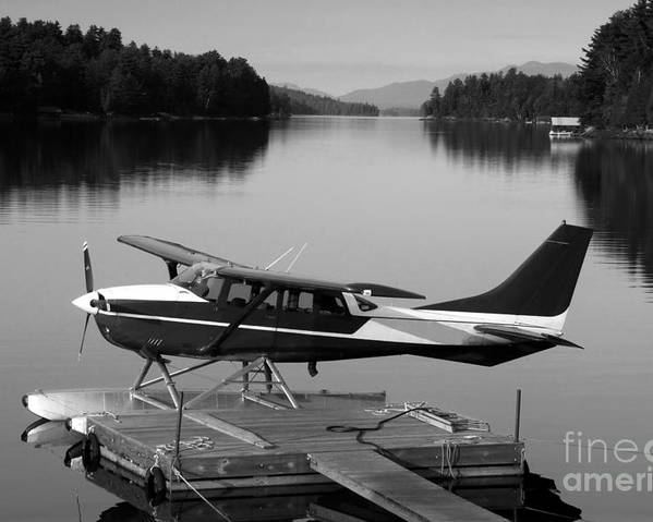 Float Plane Poster featuring the photograph Getting Away by David Lee Thompson