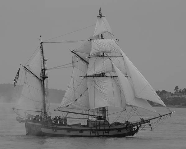 Tall Ships Poster featuring the photograph Hawaiian Chieftan by Sonja Anderson