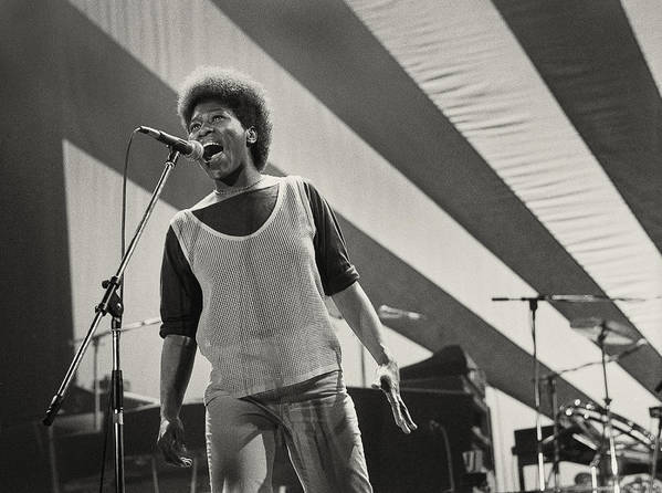 Photo Poster featuring the photograph Joan Armatrading 1 by Philippe Taka