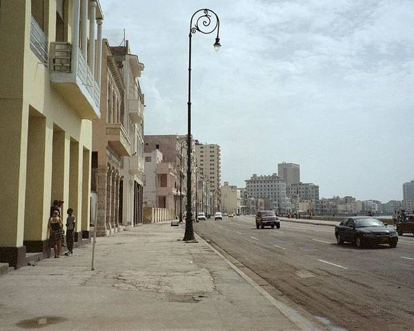 Quin Sweetman Poster featuring the photograph Malecon En Havana by Quin Sweetman