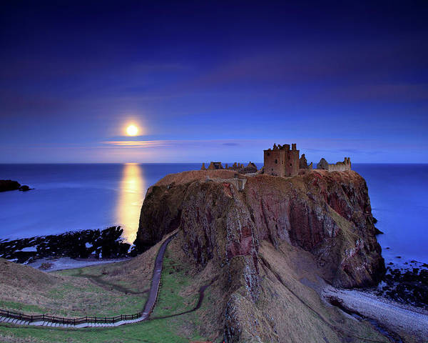 Horizontal Poster featuring the photograph Moonrise Dunnottar Castle Aberdeenshire Scotland by Angus Clyne