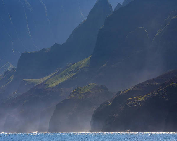 Na Pali Poster featuring the photograph Na Pali Morning Mist by Mike Dawson