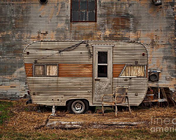 Old Vintage Rv Camper In The Mississippi Delta Poster
