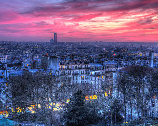 Paris Poster featuring the photograph Paris Sunset by Shawn Everhart