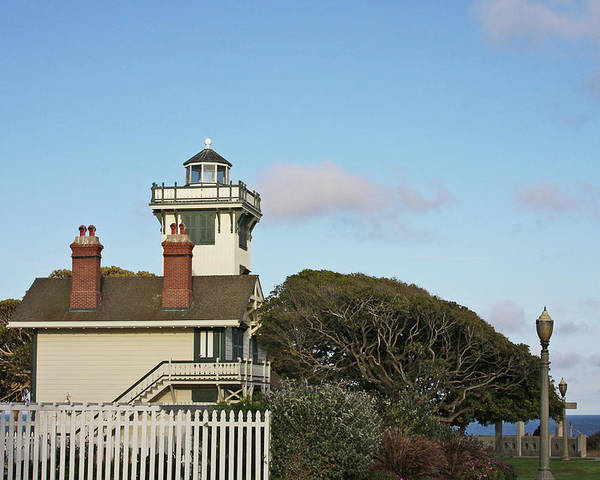Point Fermin Lighthouse Poster featuring the photograph Point Fermin Light - An Elegant Victorian Style Lighthouse In Ca by Christine Till