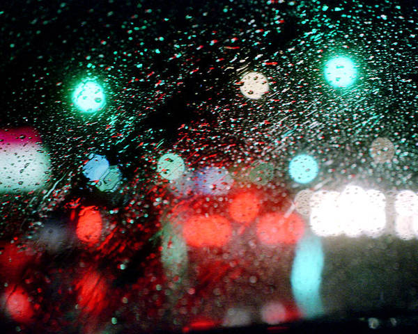 Abstract Poster featuring the photograph Rainy Day In The City by Emanuel Tanjala