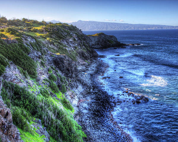 Maui Poster featuring the photograph Shores of Maui by Shawn Everhart