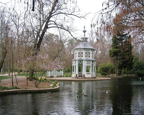 Landscape Poster featuring the photograph Spring In The Aranjuez Gardens Spain by Valerie Ornstein