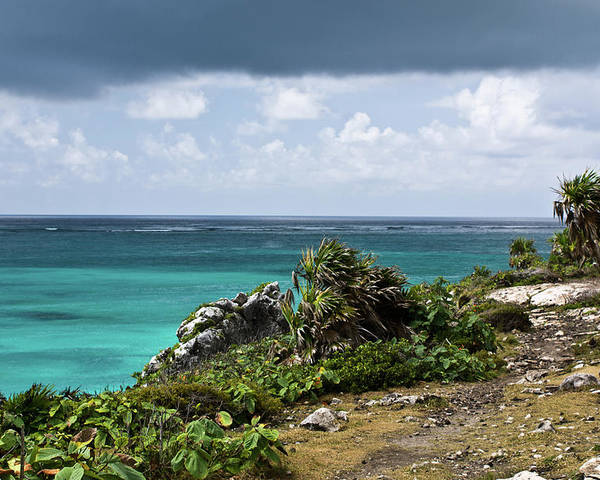 Tulum Ruins Poster featuring the photograph Talum Ruins Mexico Ocean View by Douglas Barnett