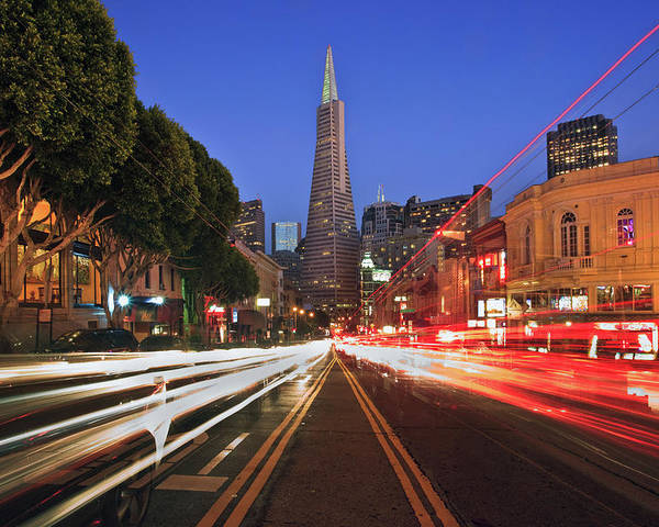 Horizontal Poster featuring the photograph Transamerica Pyramid by Sean Duan