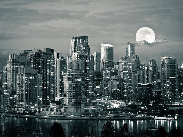 Horizontal Poster featuring the photograph Vancouver Moonrise by Lloyd K. Barnes Photography
