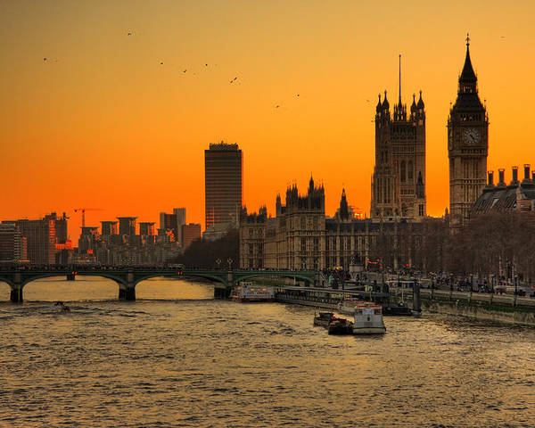 Horizontal Poster featuring the photograph Westminster & Big Ben London by Photos By Steve Horsley