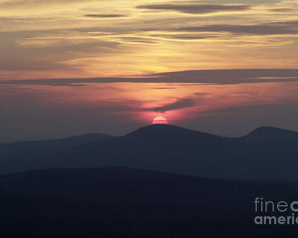 Alpenglow Poster featuring the photograph White Mountains Nh - Sunset by Erin Paul Donovan