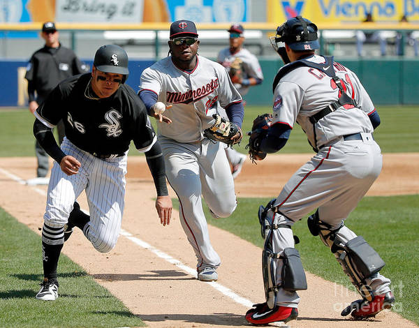 Second Inning Poster featuring the photograph Minnesota Twins V Chicago White Sox by Jon Durr