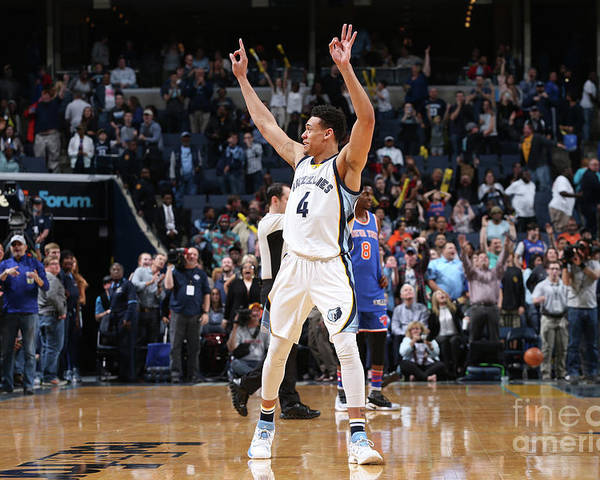 Nba Pro Basketball Poster featuring the photograph New York Knicks V Memphis Grizzlies by Joe Murphy