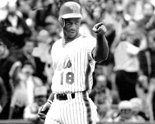 1980-1989 Poster featuring the photograph Darryl Strawberry Of The New York Mets by New York Daily News Archive