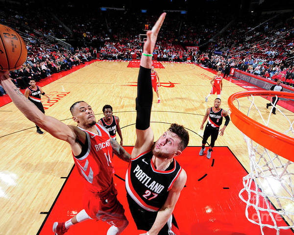 Jusuf Nurkić Poster featuring the photograph Gerald Green by Bill Baptist
