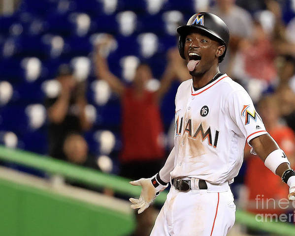Three Quarter Length Poster featuring the photograph Dee Gordon by Mike Ehrmann