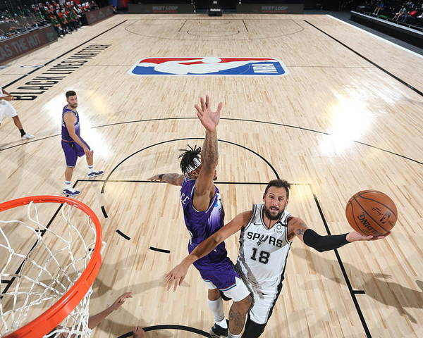 Nba Pro Basketball Poster featuring the photograph Marco Belinelli by David Dow