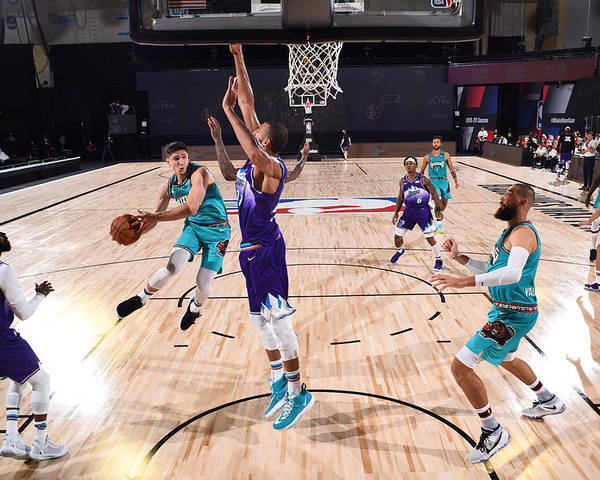 Nba Pro Basketball Poster featuring the photograph Memphis Grizzlies v Utah Jazz by Joe Murphy