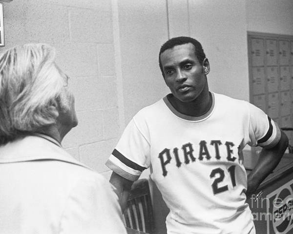 People Poster featuring the photograph Roberto Clemente by Morris Berman