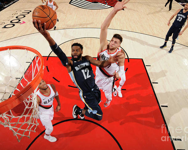 Nba Pro Basketball Poster featuring the photograph Tyreke Evans by Cameron Browne