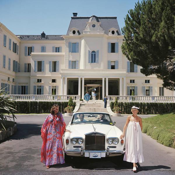Rolls Royce Poster featuring the photograph Hotel Du Cap-eden-roc by Slim Aarons