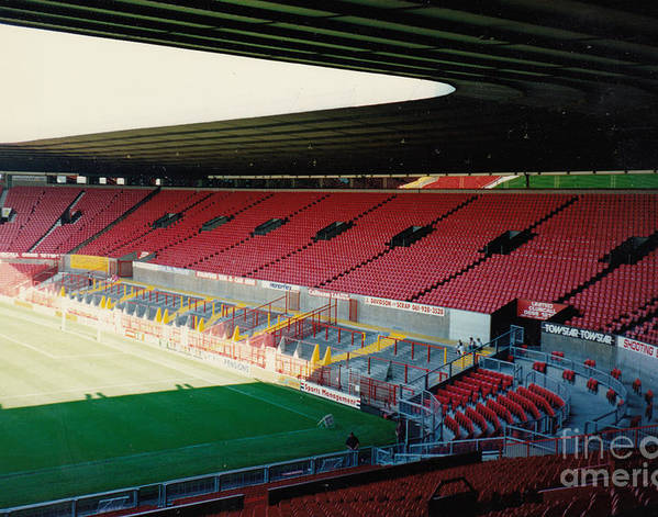 Manchester United - Old Trafford - East Stand 3 - 1991 by Legendary Football Grounds